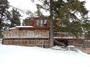 4 bedroom 2 bath log house