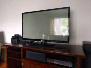 """LG 50"""" Plasma TV 50PV400"""