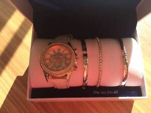 Bella & Rose Watch with Three Matching Braclets Wanneroo Wanneroo Area Preview