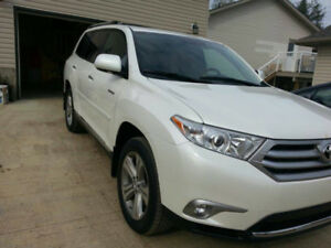**2013 Toyota Highlander 1 OWNER! LIMITED 4WD Must See**