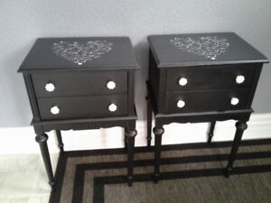 2 beautiful bedside tables $90