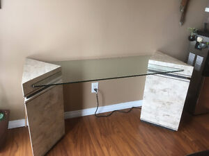 Coffee Table, Sofa Table and 2 End Tables