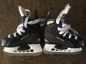 Kids Size 8 Bauer Skates