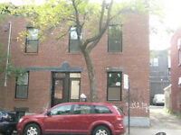 4 1/2 apartment (2 bedroom) - $1000, Metro Lionel-Groulx