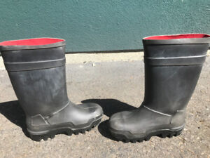 ed0ccfa9c73 Dunlop Boots   Kijiji in Edmonton. - Buy, Sell & Save with Canada's ...
