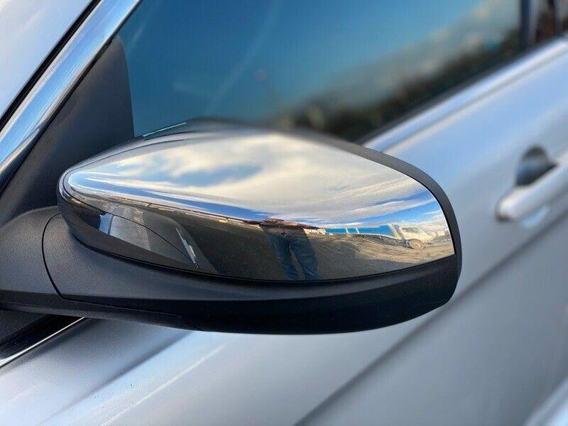 Image 9 Salvaged Ford Taurus 2017