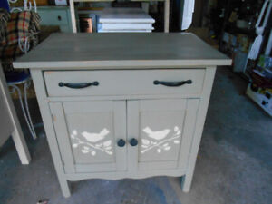 Vintage/antique washstand with matching mirror