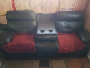 Recliner Couch and Love Seat Set