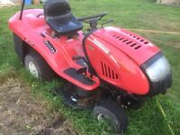 Lawnflite ride on mower with collection box