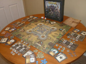 STORM THE CASTLE BOARD GAME.