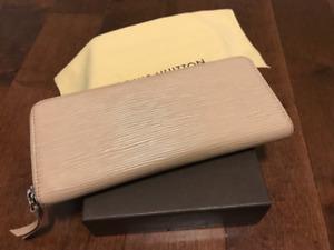 Louis Vuitton Clemence Wallet, Epi Leather (Authentic)