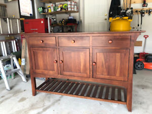 Gorgeous Ethan Allen Cherry Side Board buffet