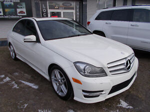 2012 Mercedes-Benz C300 4 Matic Edition-Avantage  Sport-Package