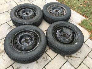 Jantes 14 pouces et pneus d'hiver