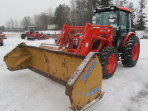 KIOTI RX7320 TRACTOR LOADER WITH 10' SNOW PUSHER 73 H.P.