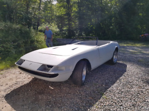 FERRARI Daytona 365 GTB replica ( on a Corvette chassis)