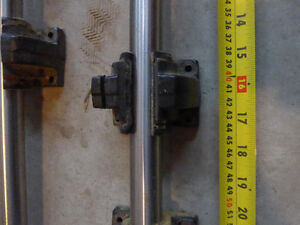 25mm Round Linear Rails with 4 blocks
