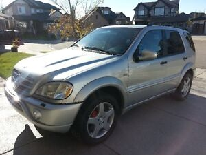 2000 Mercedes-Benz ML55 AMG SUV, Crossover