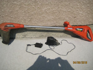 Grass cutter like new slightly used    Black and Decker