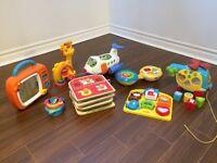 poussette maison divers jouets