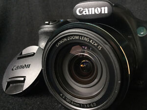 REDUCED - Canon Power Shot SX520 HS, bag and 16gb SD card