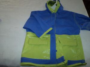 Oshkosh - Girls Raincoat with Hood