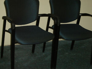 Used office chairs , reception chairs also executive chairs Regina Regina Area image 4