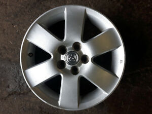 4 mags 15 pouces toyota  5X100
