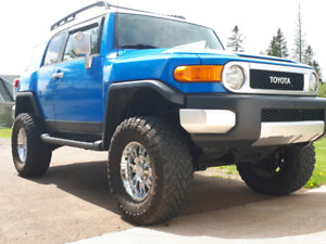 Toyota Fj cruiser loaded excellent condition
