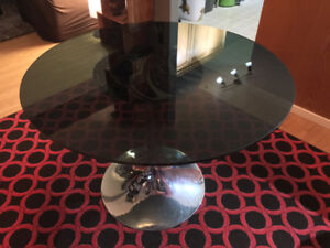 Retro Glass Dining Table
