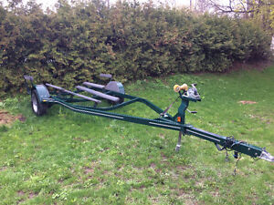 2004 FOUR WINNS Boat Trailer - USED