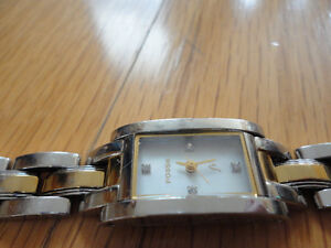 Women's Fossil silver gold two tone wristwatch London Ontario image 4