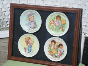 1980'S Mother's Day Collector Plates x 4 In Shadow/Display Box