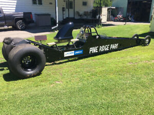 Dragster drag car