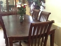WOODEN DINING TABLE GREAT CONDITION- MUST GO
