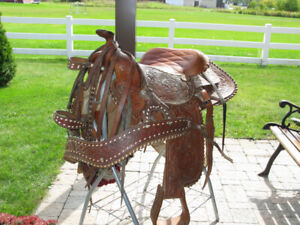 Mexican Western Horse Saddle - Like New