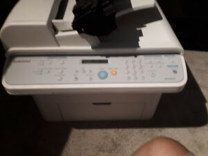 Selling Samsung SCX 4521-F Printer with Ink