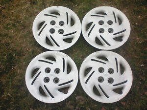 """14"""" FORD Hubcaps - 4x108 Bolt Pattern"""