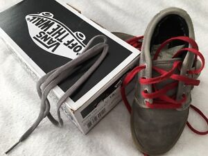 Vans Chukka Low Jamie Hart Charcoal Gum Youth size 13 shoes