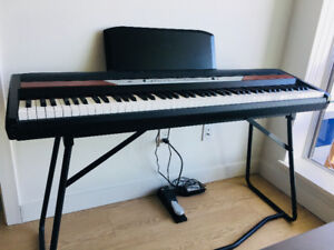 Korg SP-250 Keyboard - No Scratches No Dents