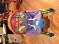 Petite chaise vibrante à vendre. Très bon état..