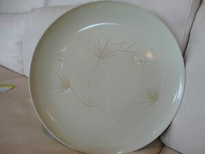 "3 Kitchenware Pieces -Spoon rest, 14"" Serving plate, Pitcher Kitchener / Waterloo Kitchener Area image 4"