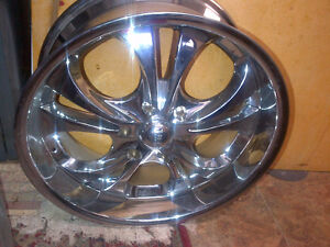 Boss 3046 Chrome 6 bolt GMC or Toyota Wheels for sale or wanted Kitchener / Waterloo Kitchener Area image 1