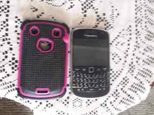 Blackberry bold 9900 with case