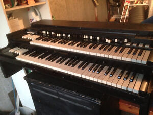 Hammond B3 + Leslie 147 + Combo preamp + Expression pedal