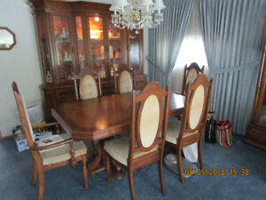 Oak China Cabinet, Dining Table and 6 Chairs