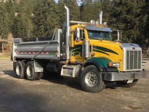 2007 Peterbilt 378 T/A  dump truck