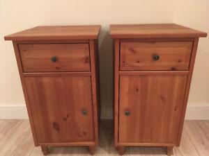 Tables de chevet en bois (2)