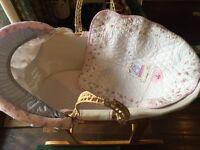 Vintage love & kisses moses basket