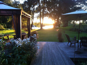 Waterfront Cottage Spring Rental - Prince Edward County